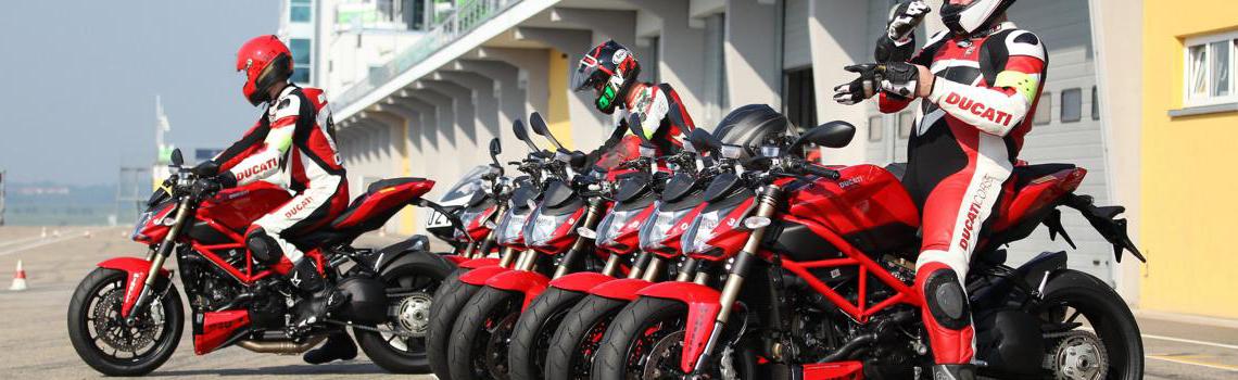 """Dabei sein beim Rennstrecken-Training """"Ducati 4U"""""""